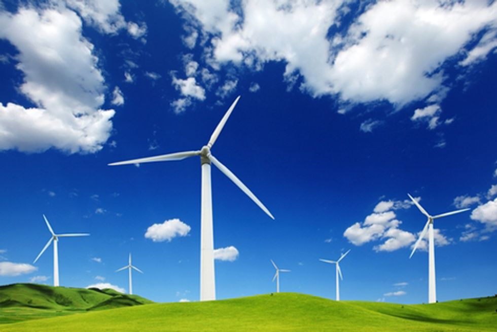 World Wind Power Set to Top 300,000 Megawatts in 2013, After Record 2012