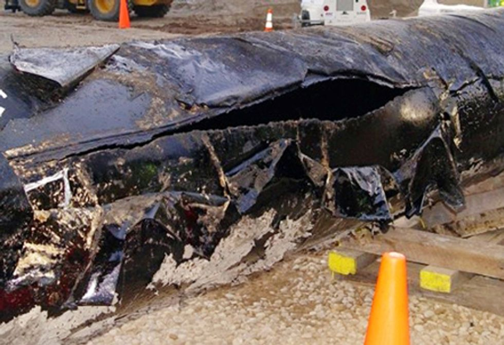 Top 5 Reasons Transporting Tar Sands Crude is Reckless