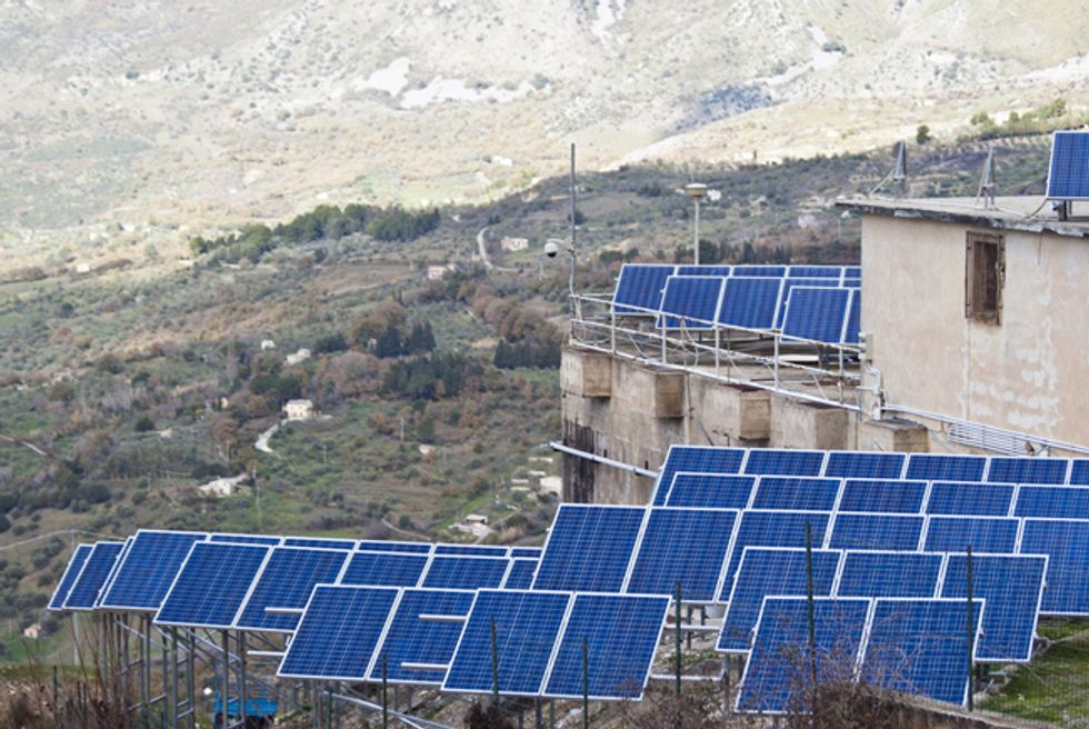 Dirty Energy vs. Clean Energy in the Race to Power Off-Grid Energy Markets