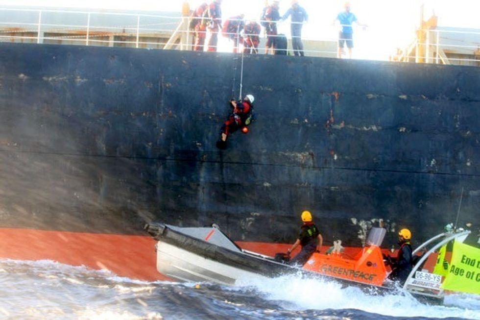 Greenpeace Activists Board Ship in Protest of Australia's Coal Export Boom