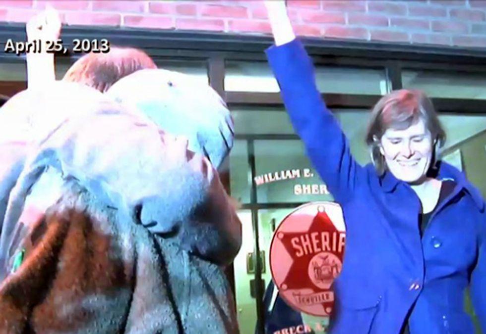 Video: Sandra Steingraber Shines a Spotlight on the Problems of Fracking