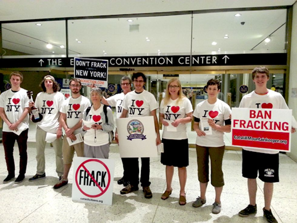 New Yorkers Call on Gov. Cuomo to Protect Thriving Tourism Industry from Fracking