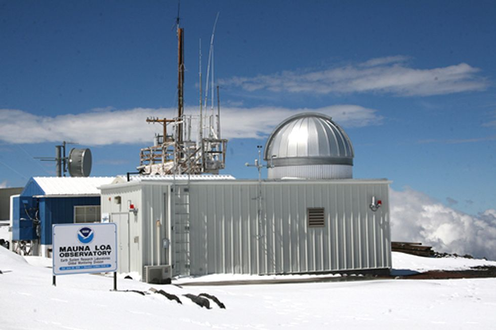 Atmospheric Carbon Dioxide Levels Reach Record High of 400ppm