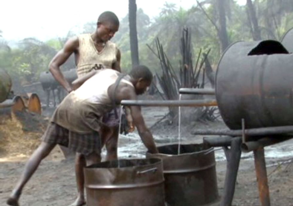 Nigeria Loses $1 Billion a Month in Oil Theft