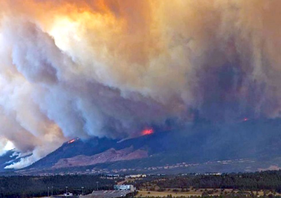 Epic Wildfire Rages in Colorado as Record Heat Continues