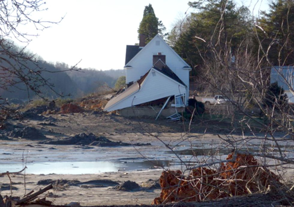 Groups Expose Existence of Hundreds of Coal Ash Dumps Nationwide