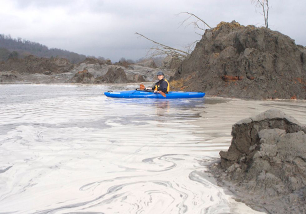 Coal Ash, Keystone XL Dropped from Transportation Bill