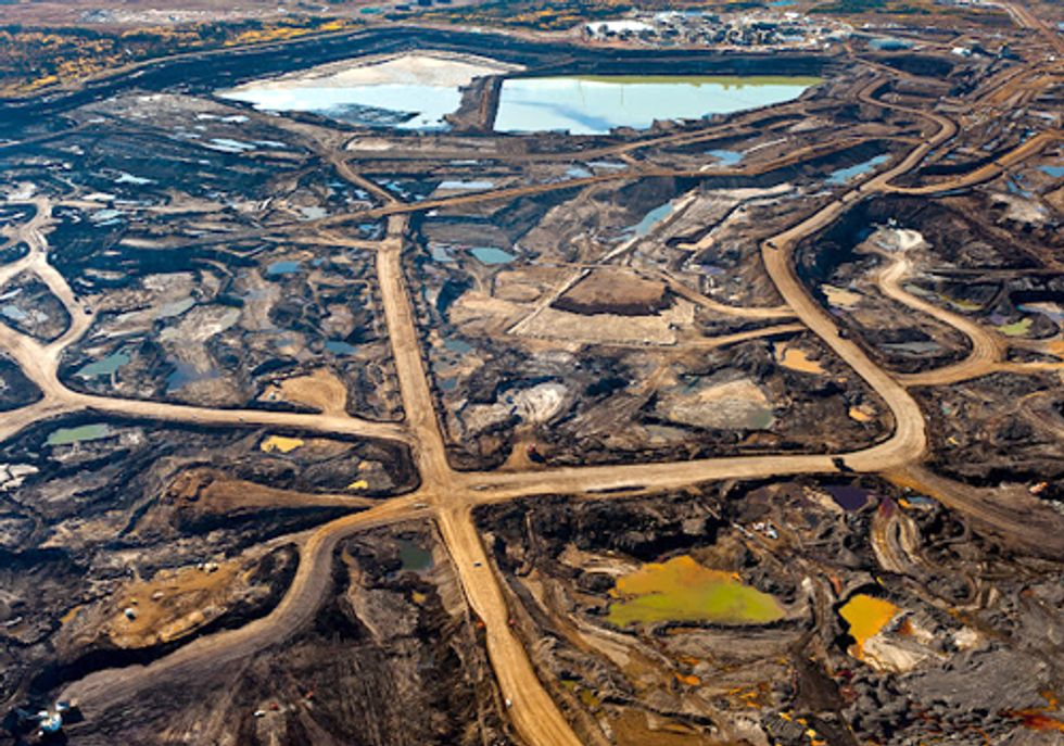 How Fracking Feeds Tar Sands Production