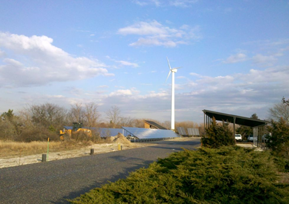 Long Island Town Builds Unparalleled Energy Park