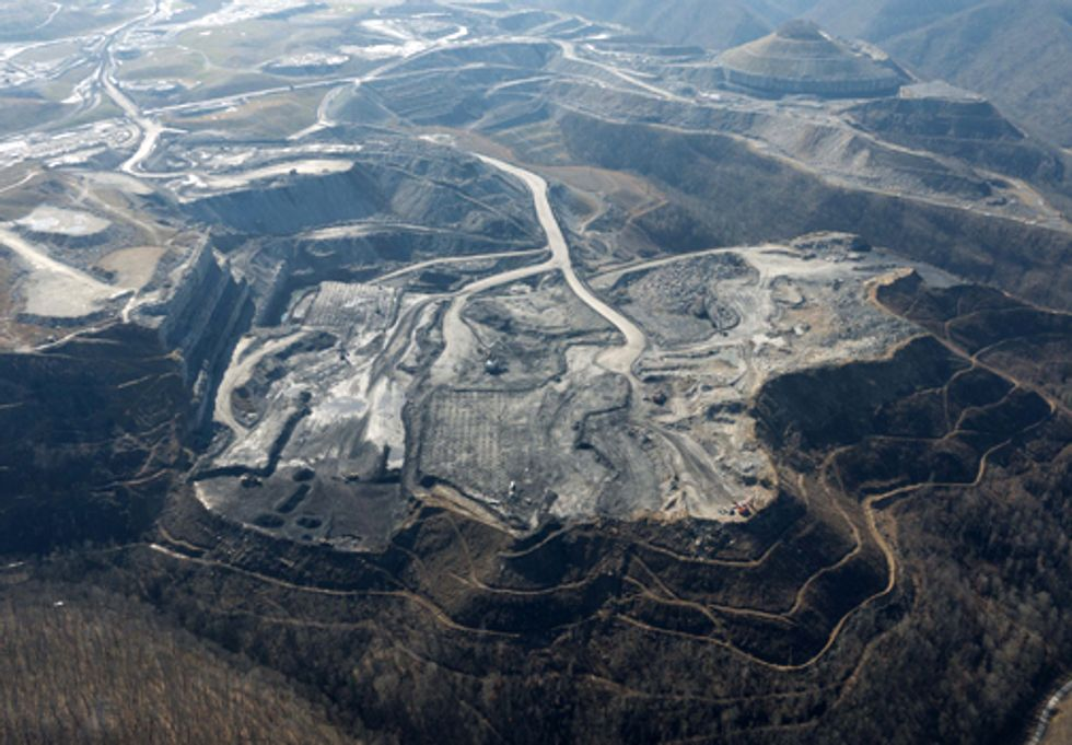 Groups Take Legal Action against Alpha Natural Resources to Protect Waterways from Coal Pollution