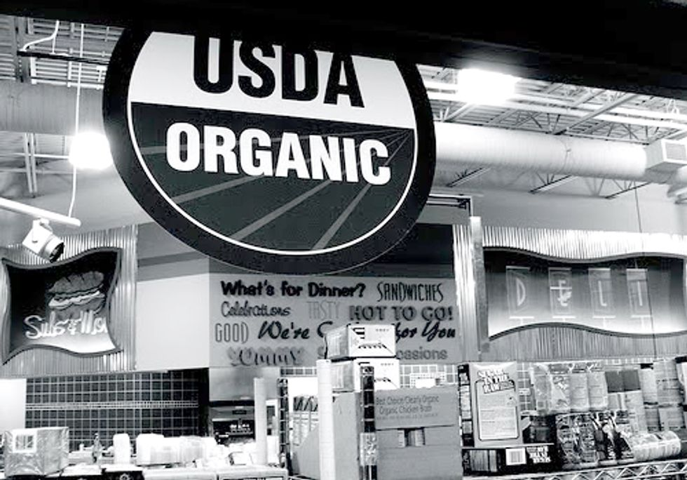 NYT Article Criticizing Organic Industry Ignites Major Controversy among Advocates