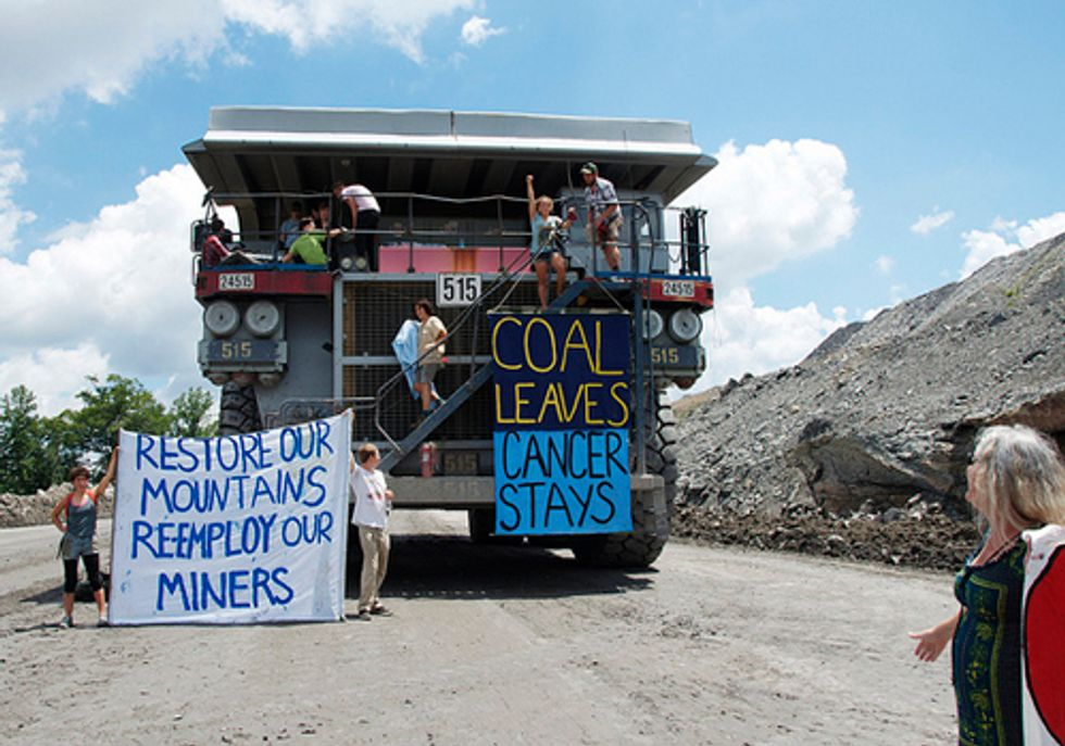 20 Arrested at Historic Shutdown of Mountaintop Removal Coal Mining Site