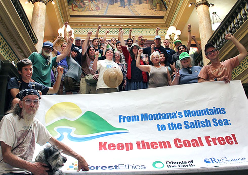 23 Arrested in Fight to Stop Coal Exports