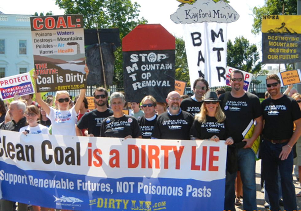 Hundreds Rally at White House to End Mountaintop Removal Mining and to Honor Larry Gibson