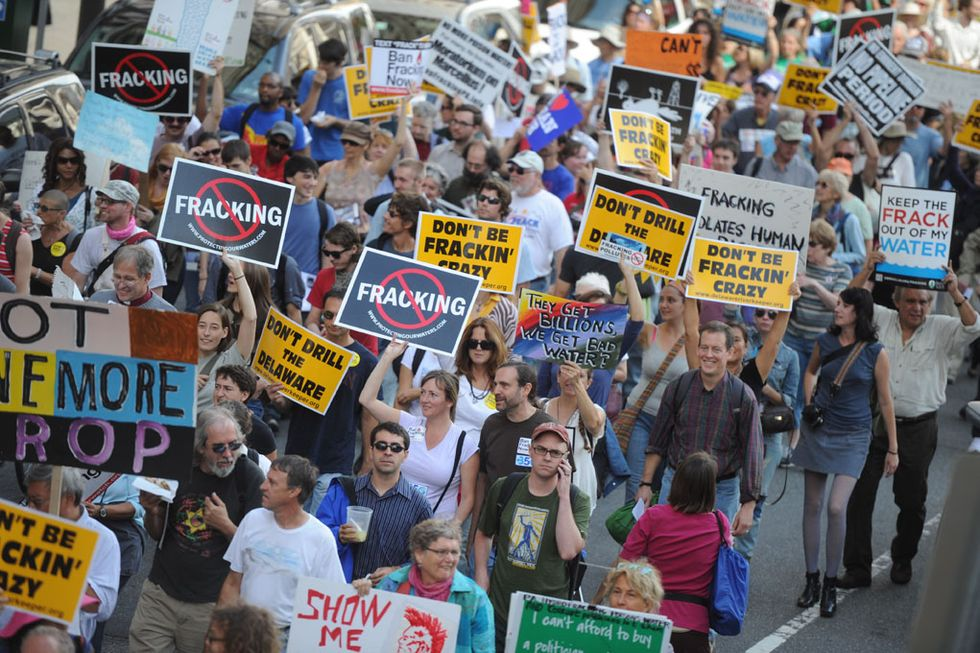 1,000 Protesters Hit Streets of Philly to Express Shale Gas Outrage