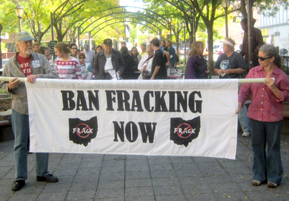 Thousands Protest Around the World to Ban Fracking