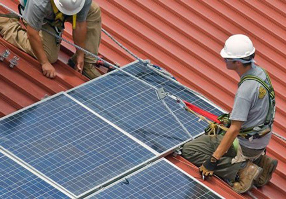Senate Bill Would Create Thousands of Green Jobs Through Energy Efficient Retrofits