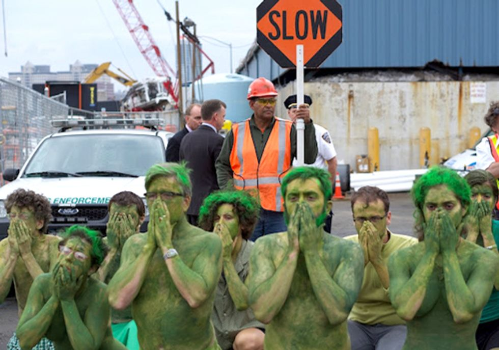 Frack Mob Says No to Spectra Energy's Radioactive Pipeline
