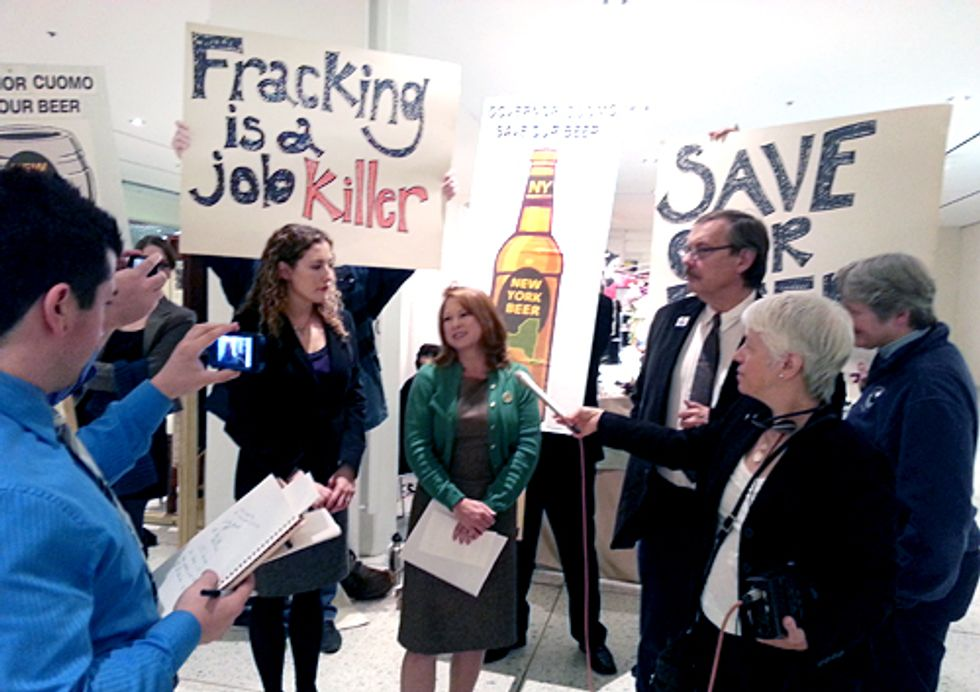 Wineries and Breweries Call on Gov. Cuomo to Ban Fracking