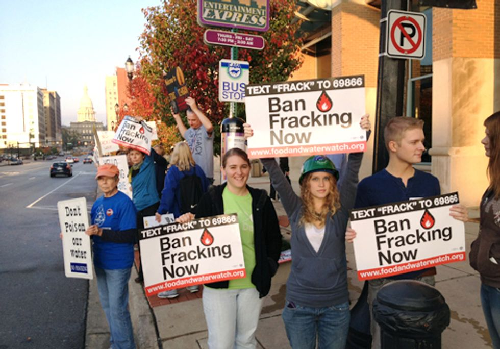 100+ Protest Leasing of Publicly-Owned Land for Fracking