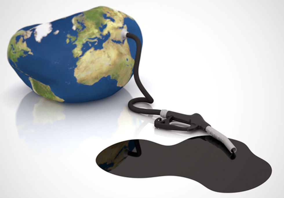 Why U.S. and Canada Refuse to Kick Their Fossil Fuel Addiction