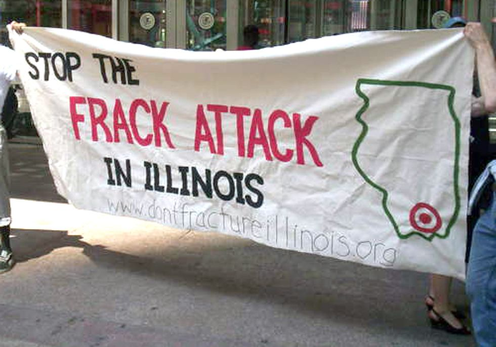Carbondale Votes Unanimously to Support Statewide Fracking Moratorium