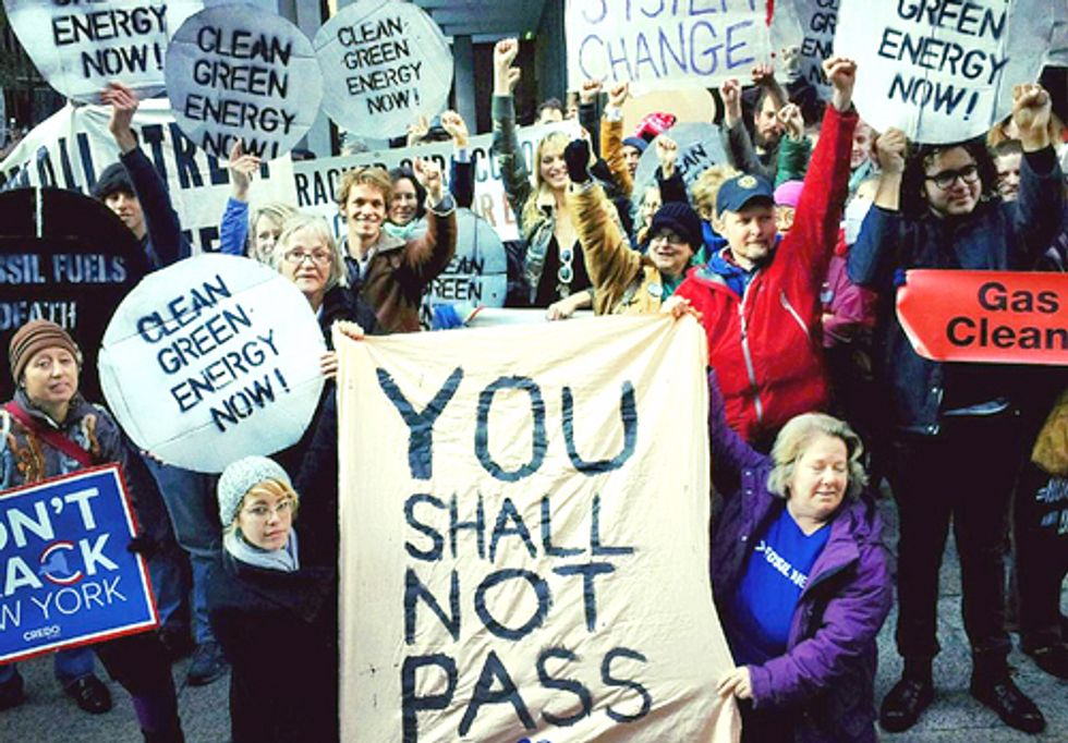 Hundreds March at Solidarity Action in NYC in Fight Against Fossil Fuels