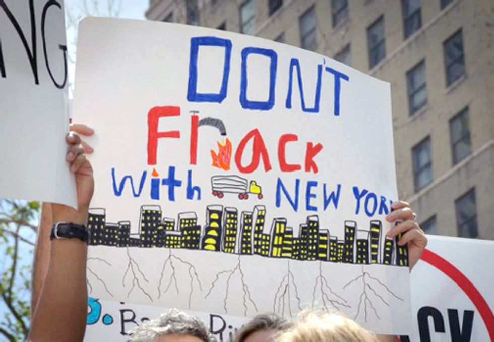 Prevent a New York Fracking Train Wreck—Submit Comments to the DEC Today