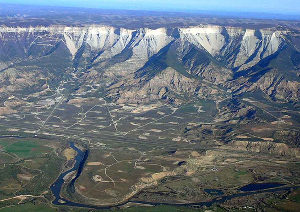 Republican Groups Tell Obama to Frack Public Lands and Abandon Federal Regulations
