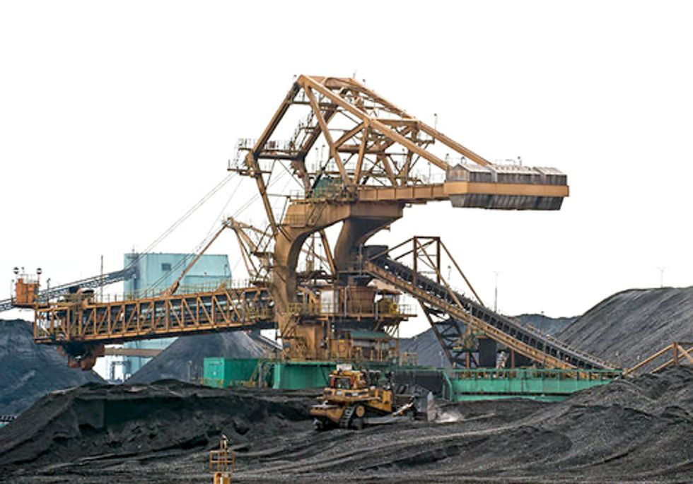 Full-Throttle Battle Underway to Stop Coal Chute to China