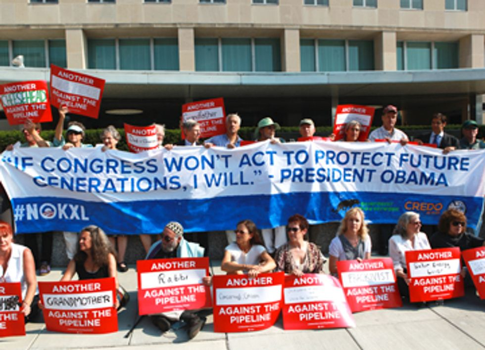 60 People Risk Arrest at State Department During Keystone XL Protest