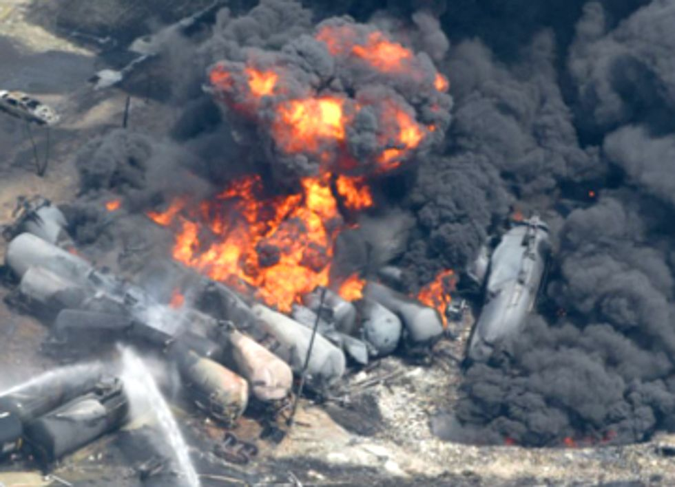 Recent Rail Explosions Prompt City Review of Proposed Crude Oil Transport
