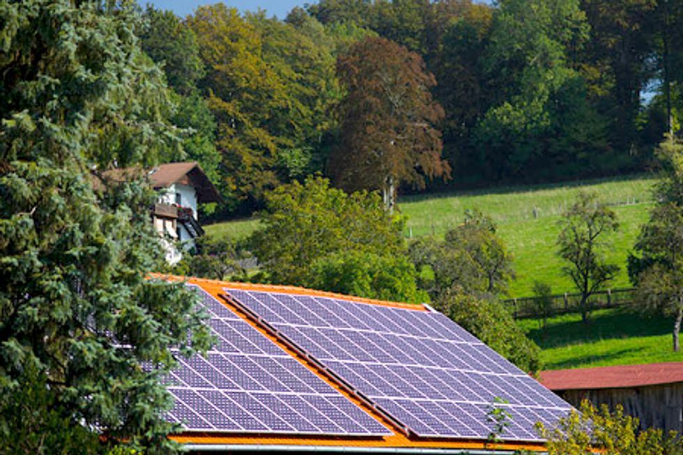 Record-Breaking Renewable Energy Capacity Pushes Fossil Fuel Plants to Close in Germany