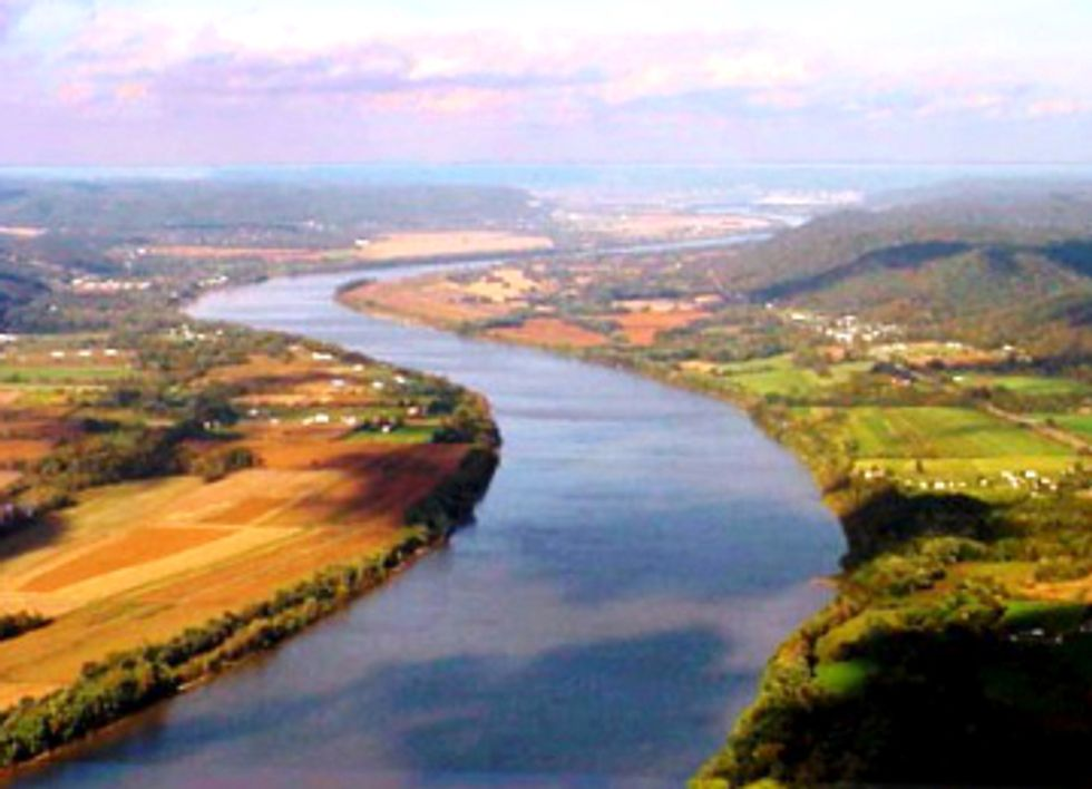 Great Ohio River Relay Highlights Impacts of Fracking on Water Resources