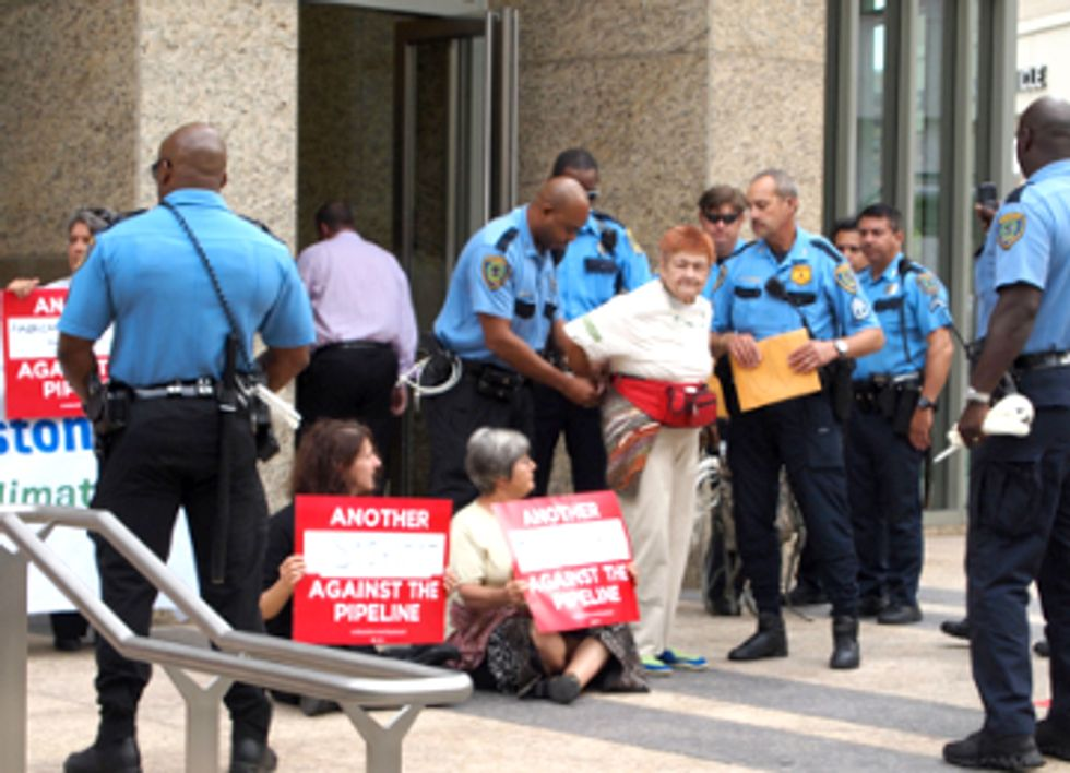13 Arrested Protesting Keystone XL at TransCanada's Houston Headquarters