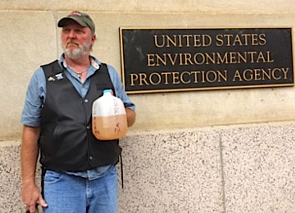 Fracking Victims Demand EPA Reopen Investigations Into Poisoned Drinking Water