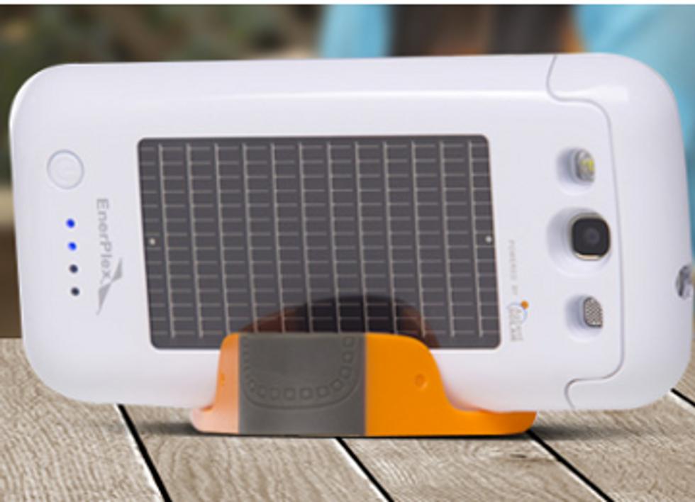 Solar Panel Case Doubles Talk Time