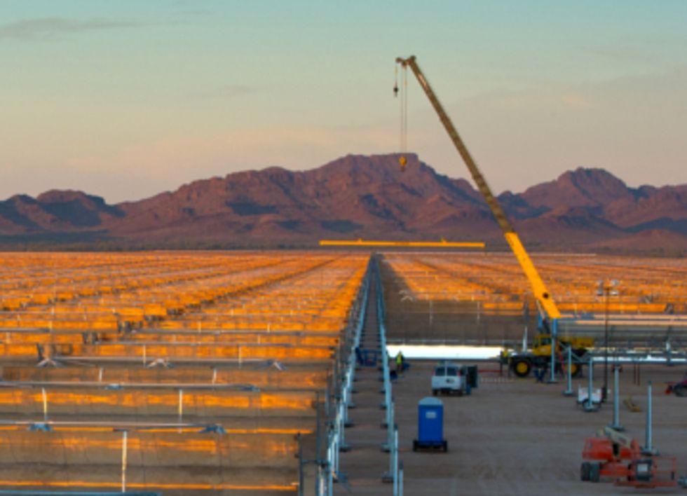Arizona Solar Farm Ready to Power 70,000 Homes
