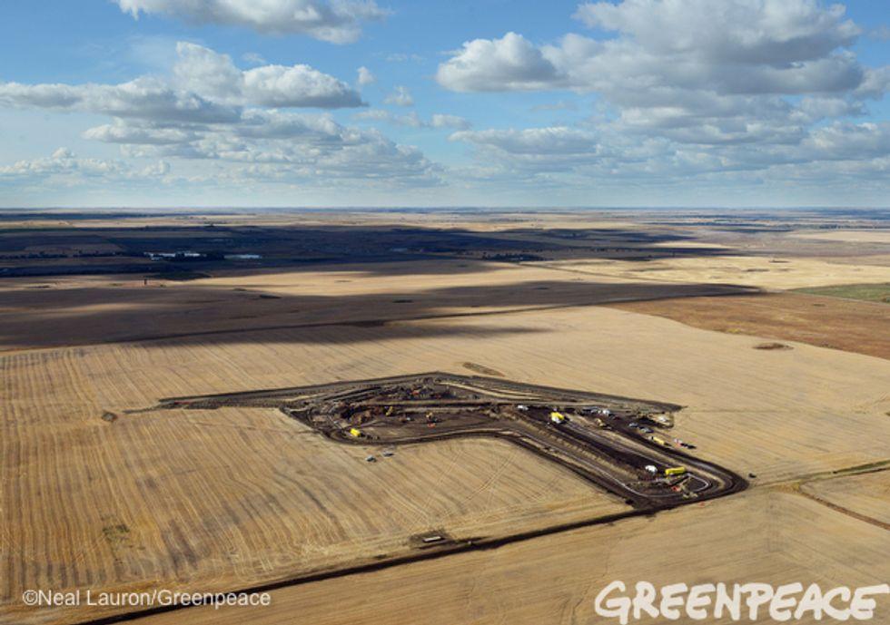Exclusive Greenpeace Photos of North Dakota Pipeline Oil Spill