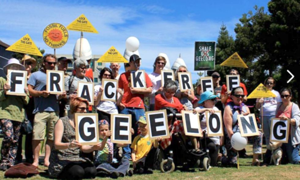 Thousands Worldwide Urge Leaders to Ban Fracking