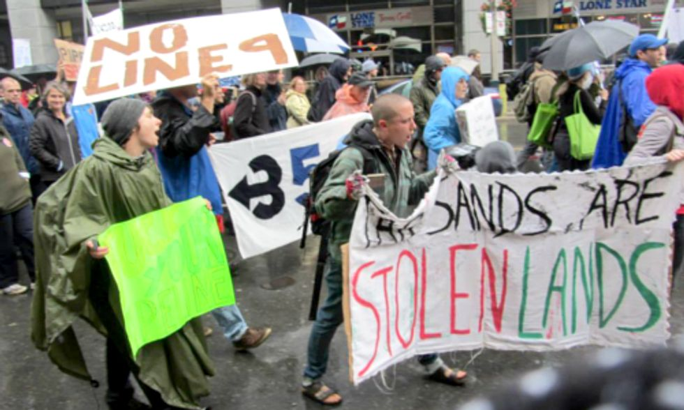 Hundreds Protest Tar Sands Pipeline as Expert Warns of 90 Percent Probability of Line 9 Rupture