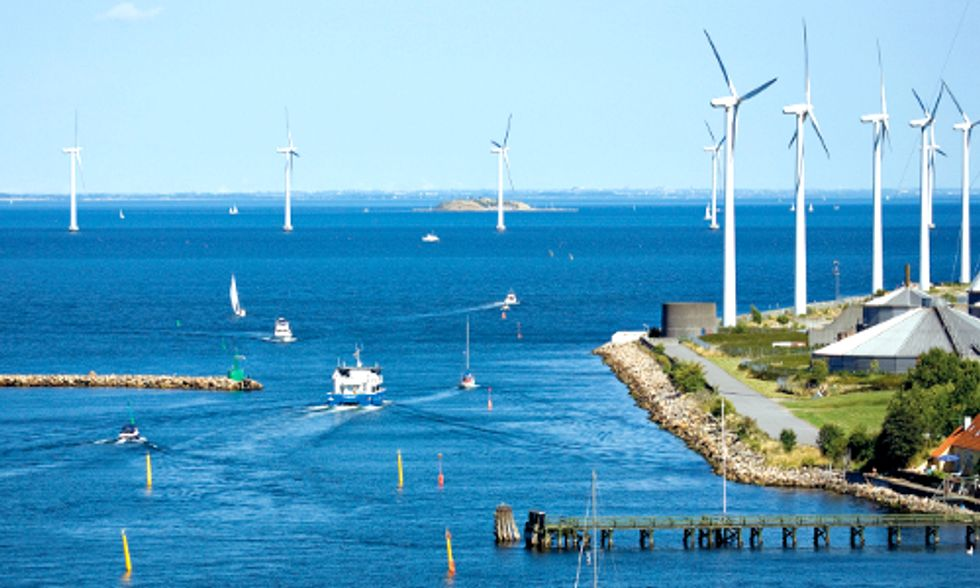 Offshore Wind Farms Coming to U.S., But When?