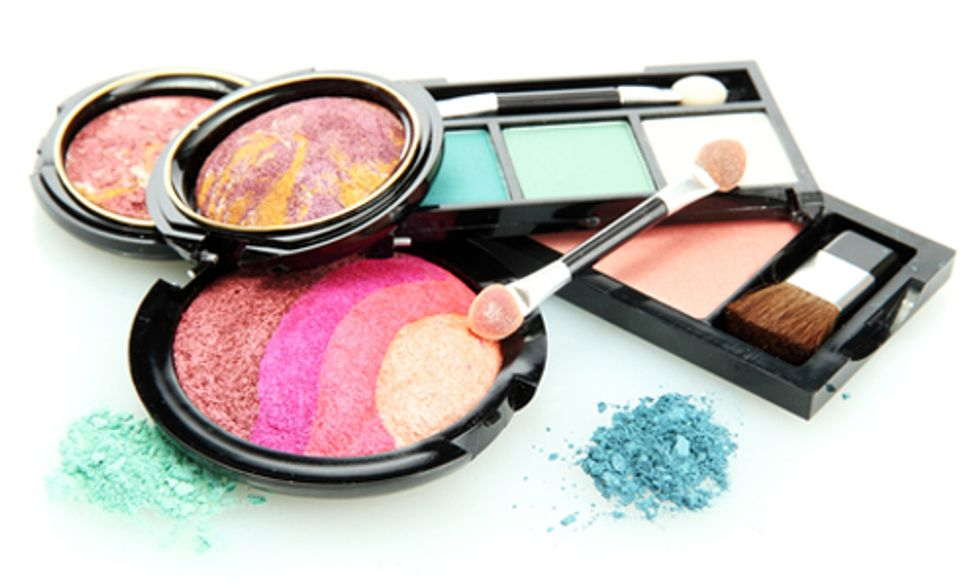 Groups Refuse to Withdraw Claim That Revlon Make-up Has Cancer-Causing Chemicals