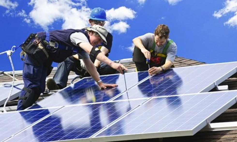 8 Businesses Granted $12 Million to Help 150 Million Americans Go Solar