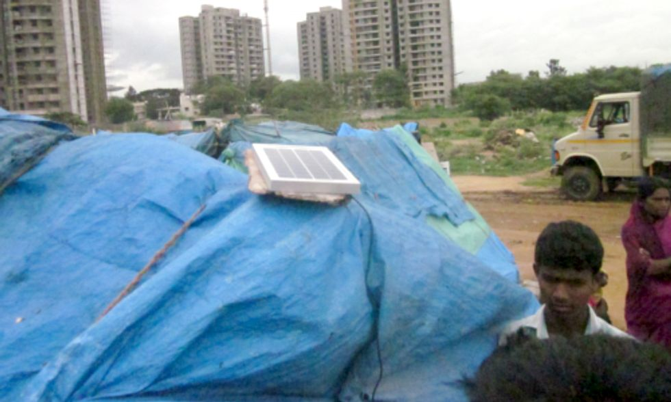 Solar Light Improves Lives of India's Urban Poor