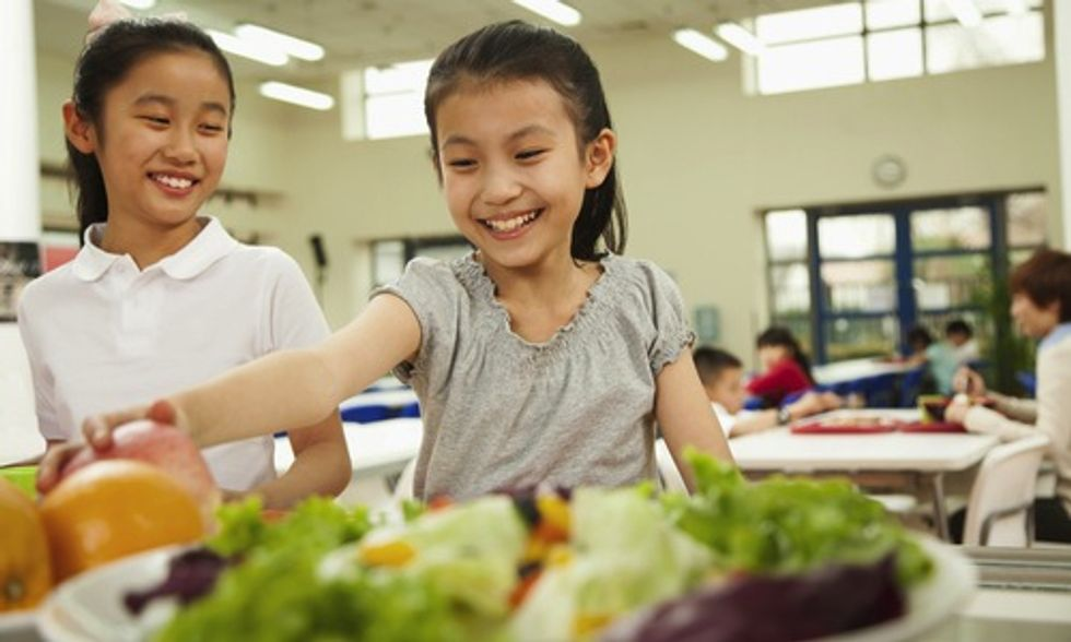 Healthy Food Choices at School Cultivates Good Eating Habits at Home