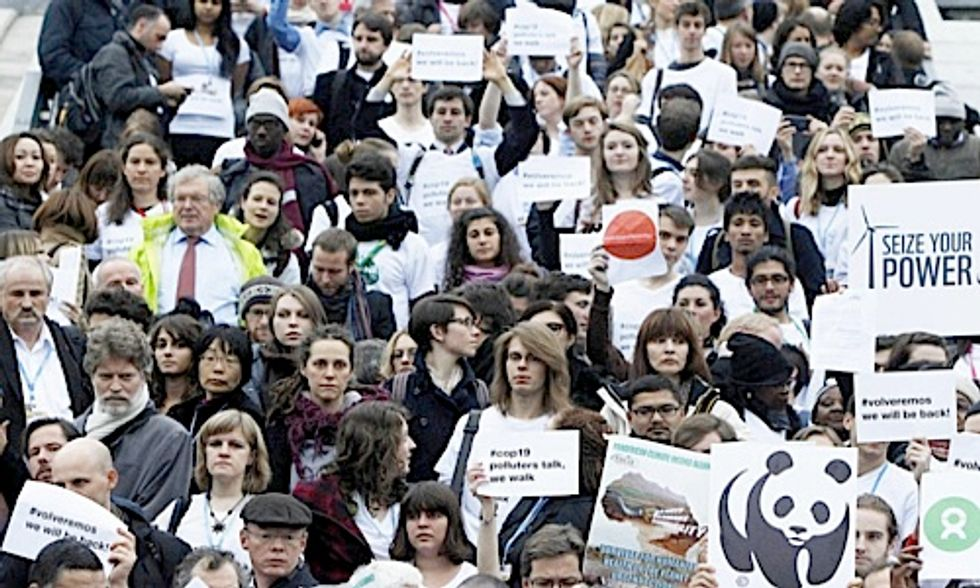 Mass Walk-Out at UN Climate Talks Protests Lack of Progress