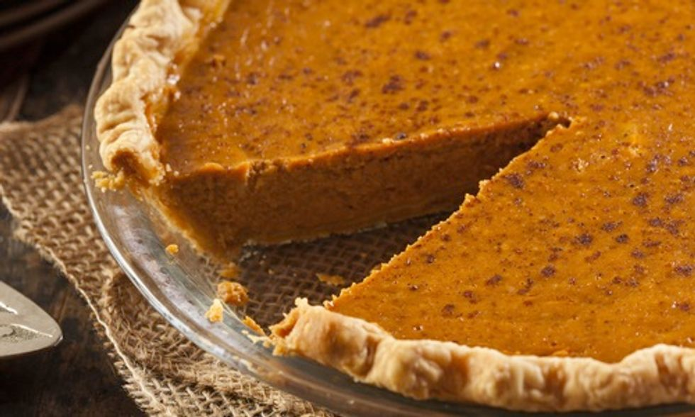 7 Traditional Thanksgiving Foods Brought to You By Bees