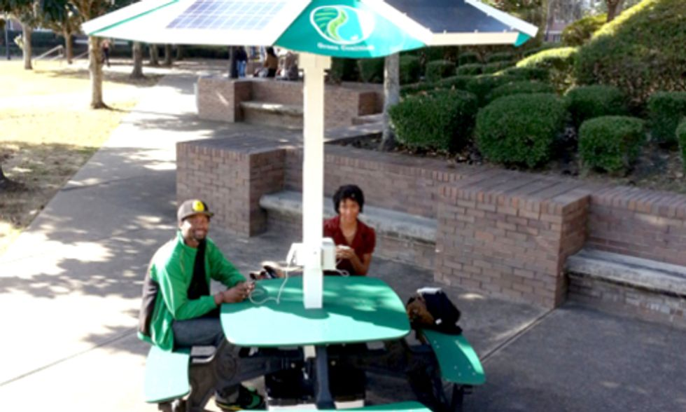 Solar Picnic Tables Power Phones and Laptops at Colleges Across the Country