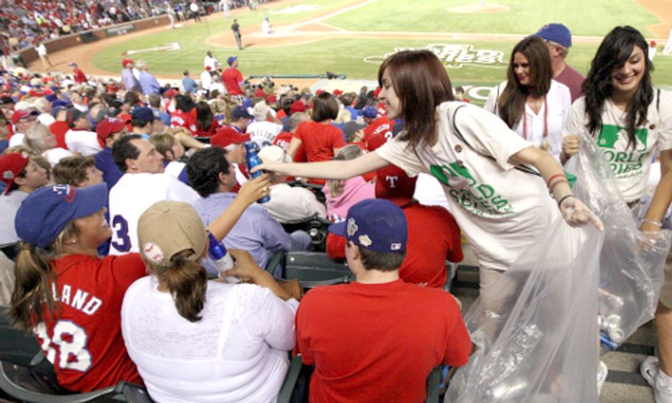 Major League Baseball Announces Green Glove Award Winner